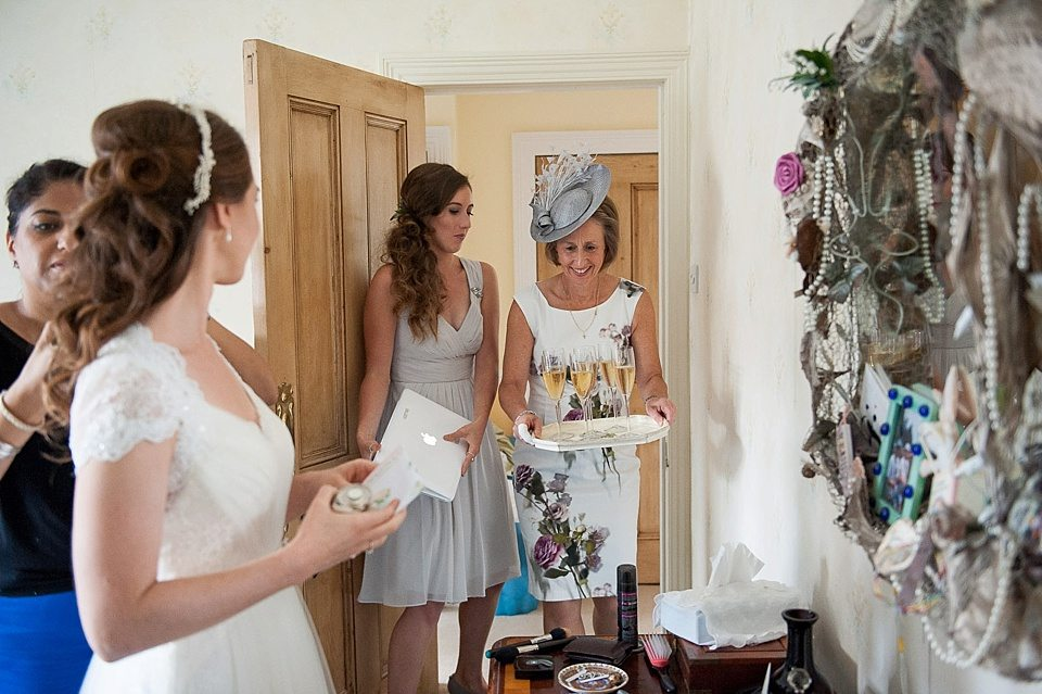Mother Of The Groom Gift: A Pretty Putney Riverside Wedding At Thames Rowing Club